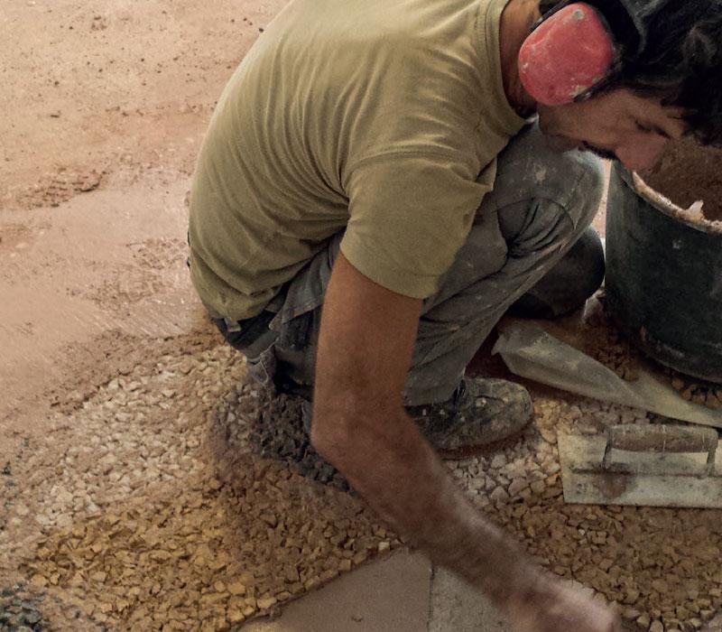 Maurizio Genovese realizza pavimento geometrico