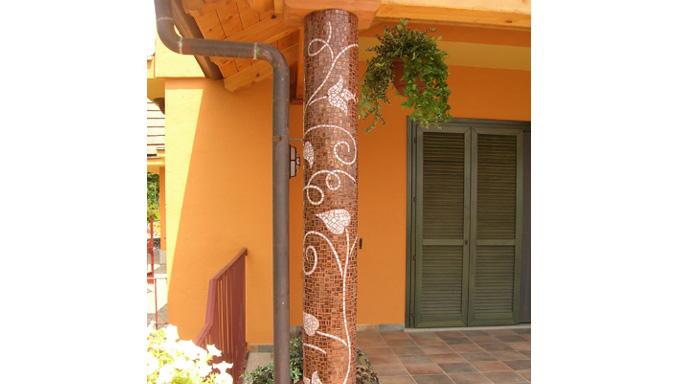 Rivestimenti: esterno casa Ocrarossa