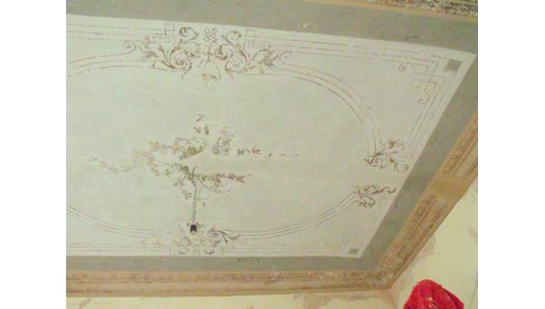 Ritrovamento e restauro di un soffitto decorato , risalente alla fine ...