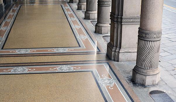 pavimenti in marmo pavimentazione : Restauro pavimentazione portici Via Cernaia Ocrarossa